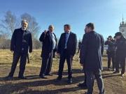 Глава Рязанского региона Николай Любимов посетил родину Сергея Есенина